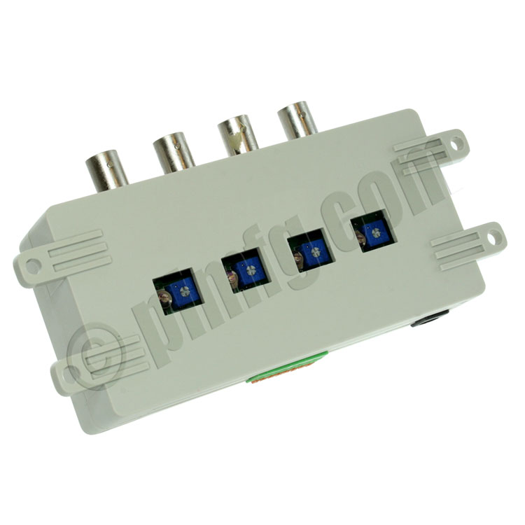 Active Video Balun 4 X BNC Connectors Terminal Type Monitor Side PI Man